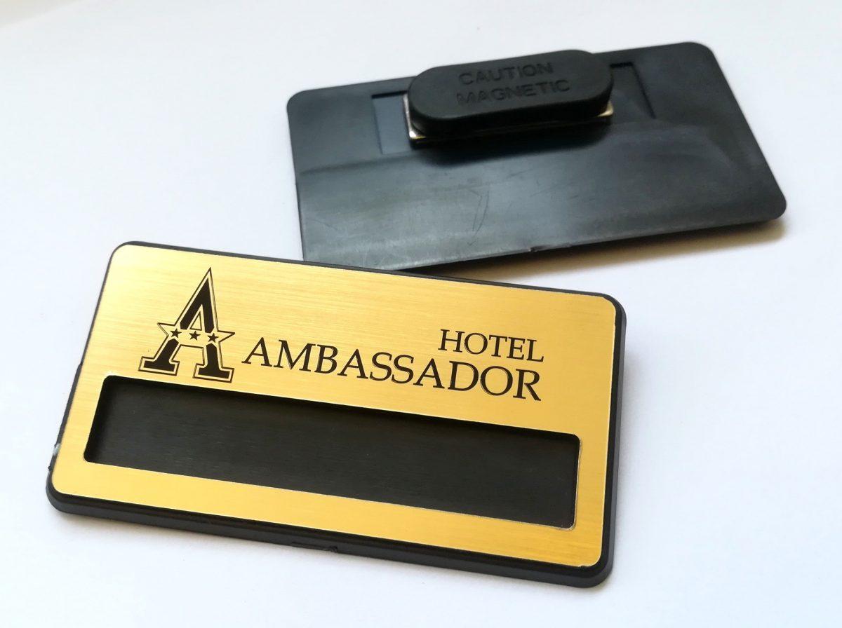 Бадж с магнит за хотел Амбасадор