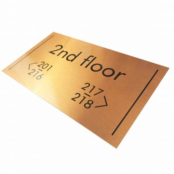 Етажна табела за хотел златна